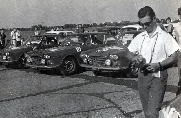 Lancia Flavia 1800 - trzy wozy tej marki jakie wystartowały w XXIV Rajdzie Polski /Archiwum Tomasza Szczerbickiego