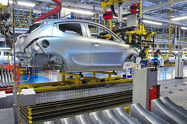 Lancia Y na linii montażowej w Tychach /