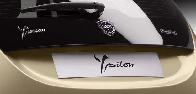 Lancia Ypsilon hybrid /