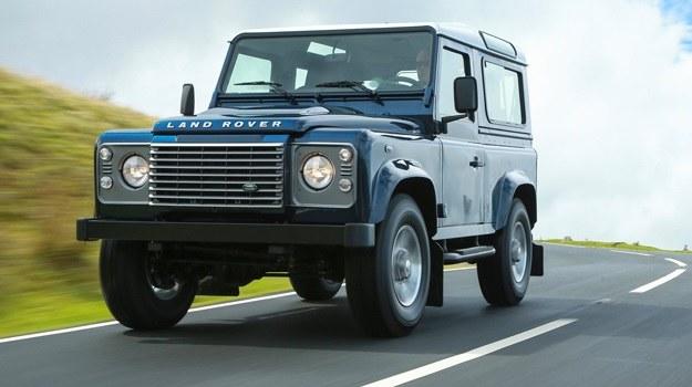 Land Rover Defender /Land Rover