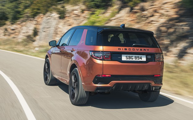 Land Rover Discovery Sport Black P290 /