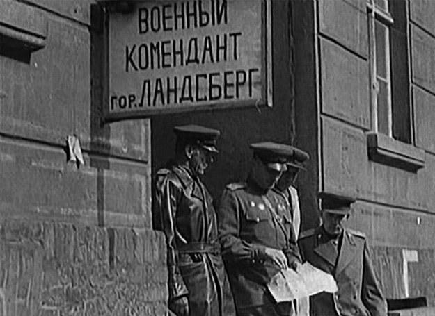 Landsberg (dzisiejszy Gorzów Wielkopolski) w kadrze z radzieckiej kroniki filmowej, luty 1945 r. /Odkrywca