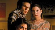 """Lara Flynn, gwiazda serialu """"Miasteczko Twin Peaks"""", po latach. Oszpeciła się operacjami plastycznym"""