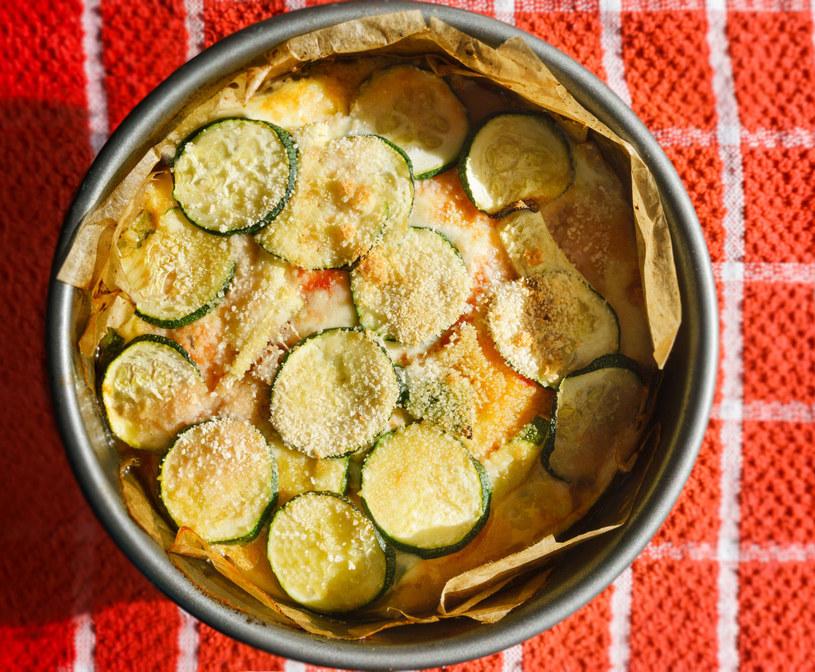 Lasagne przekładana cukinią i kabaczkiem /Picsel /123RF/PICSEL