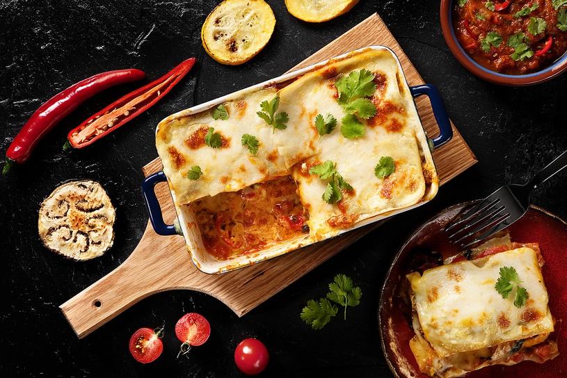 Lasagne z curry i mlekiem kokosowym /materiały prasowe