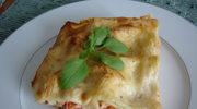 Lasagne z wedzonym lososiem, twarogiem i pomidorami
