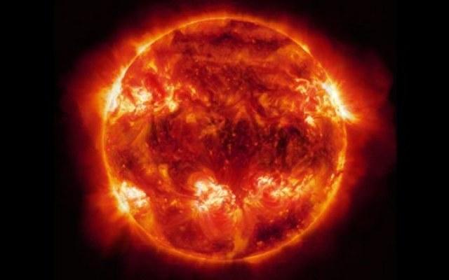 Laser Diokles wygenerował wiązkę światła o intensywności miliarda Słońc /NASA