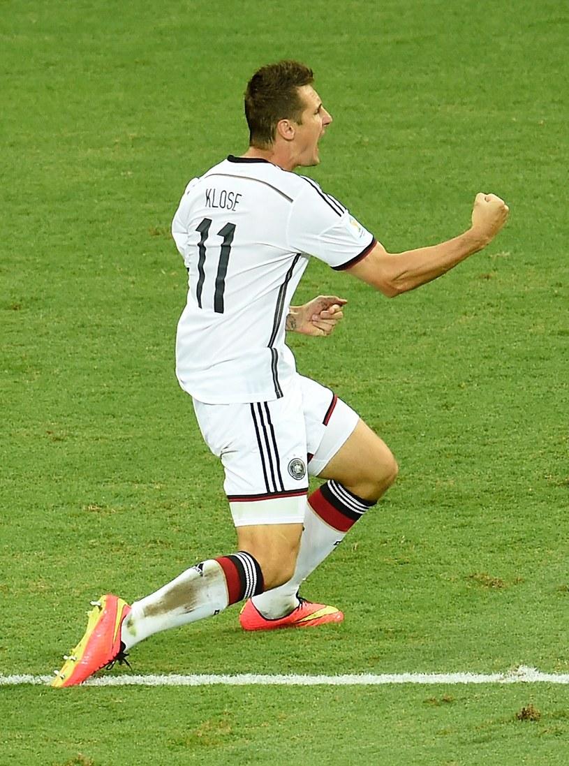 Lata lecą, a Miroslav Klose wciąż w wysokiej formie /AFP