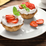 Łatwe tartaletki z truskawkami