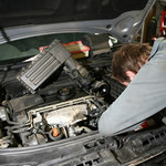 Łatwiej o mechanika czy żonę?