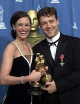 Laureaci Oscara - Julia Roberts i Russell Crowe /EPA