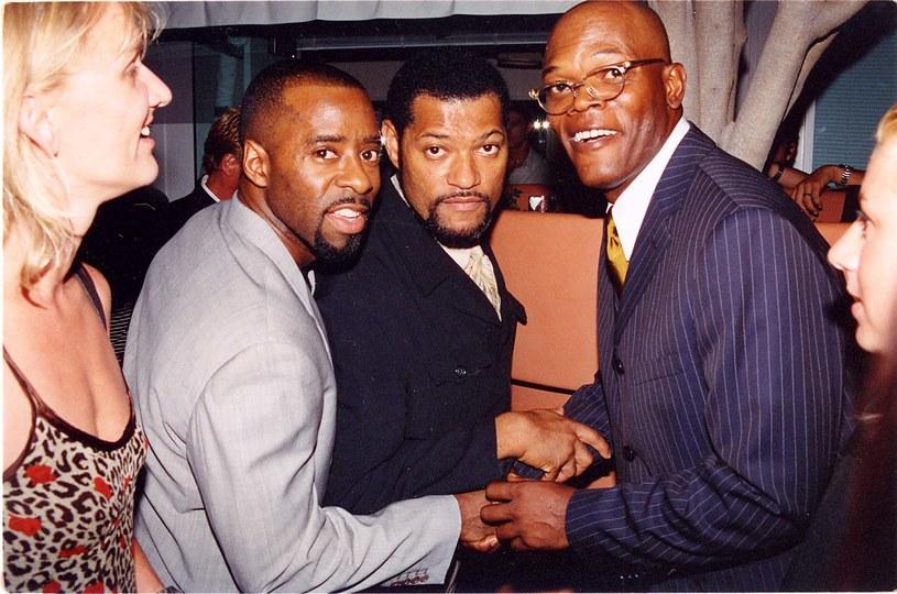 Laurence Fishburne (drugi z prawej) i Samuel L. Jackson (pierwszy z prawej) w 1997 roku / Jeff Kravitz/FilmMagic /Getty Images