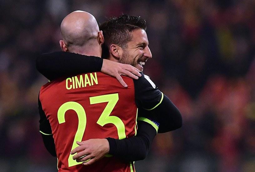 Laurent Ciman i Dries Mertens /AFP