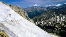 Lawina w Tatrach porwała dwie osoby