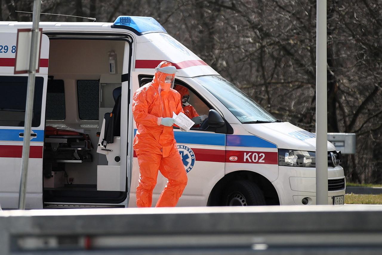 Lawinowy wzrost liczby zakażonych koronawirusem w Radomiu. Apel szpitala