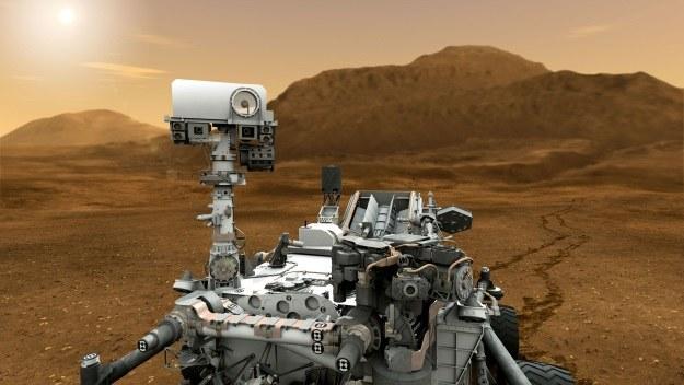 """Łazik marsjański znowu """"na chodzie"""" /NASA"""