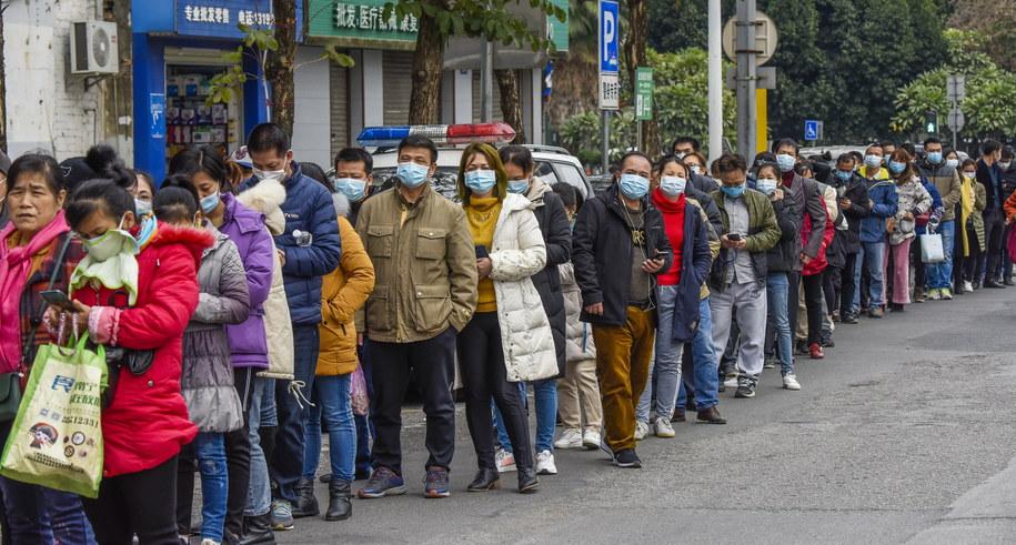 """Le Monde"": Światowa Organizacja Zdrowia uległa naciskom Chin /PENG HUAN /PAP/EPA"