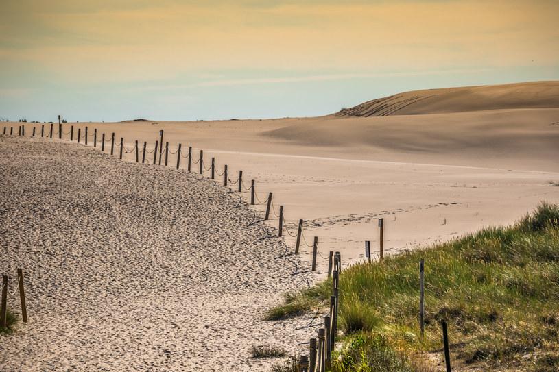 Łeba nazywana jest Pompejami nad Bałtykiem /123RF/PICSEL