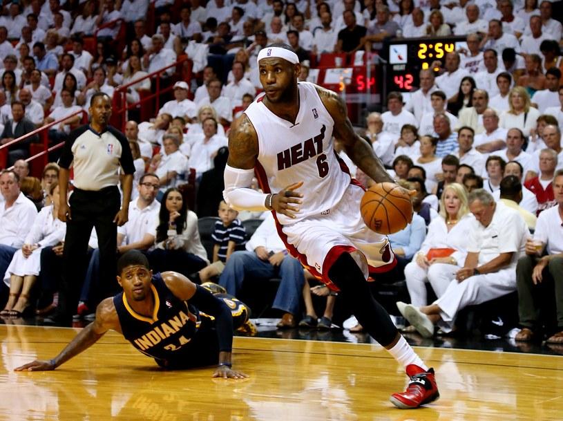 LeBron James był nieuchwytny dla obrony Pacers /AFP