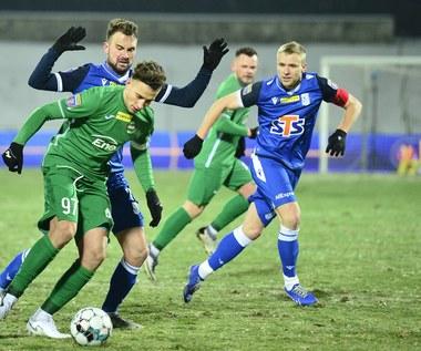 Lech Poznań wyjaśnia swe kłopoty stanem boisk