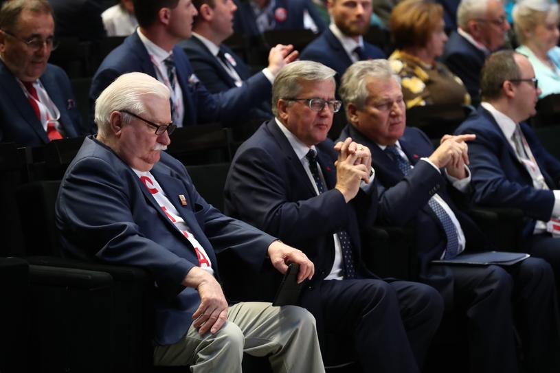 Lech Wałęsa, Bronisław Komorowski i Aleksander Kwaśniewski w ECS /fot. Andrzej Iwanczuk /Reporter