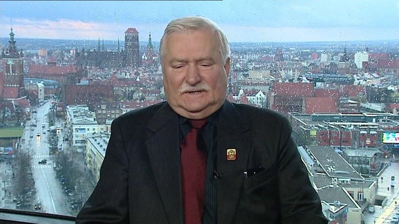 """Lech Wałęsa chwali ideę """"Ogólnonarodowego Zjednoczenia Majdan"""" /TVN24/x-news"""