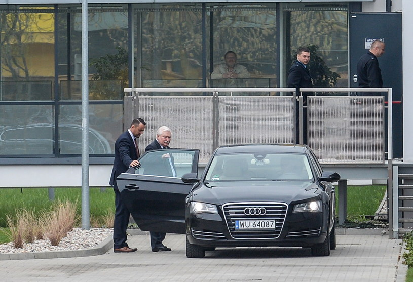 """Lech Wałęsa przybył do IPN w sprawie teczki TW """"Bolka"""" /Marcin Obara (PAP) /PAP/EPA"""