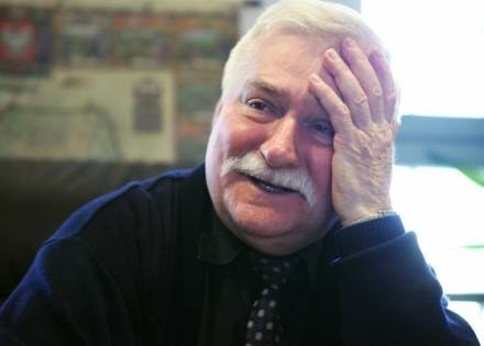 Lech Wałęsa przypomina na blogu swoje zasługi /AFP