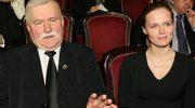 Lech Wałęsa spłaca długi Marii Wiktorii!