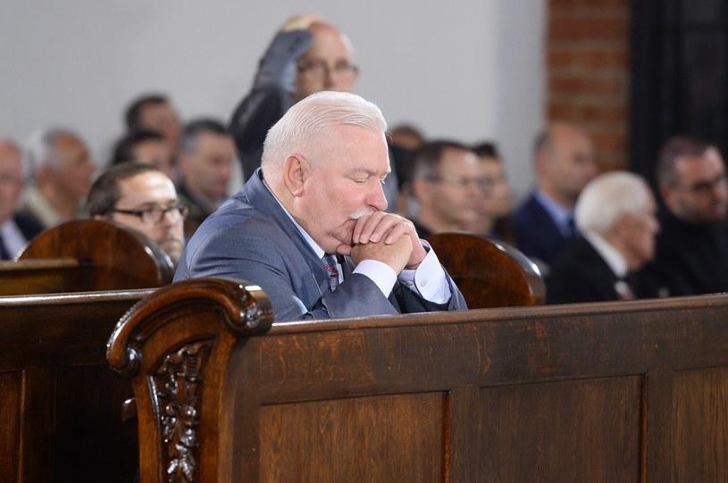 Lech Wałęsa też trzyma kciuki za zdrowie wnuczki /Jarosław Antoniak /MWMedia