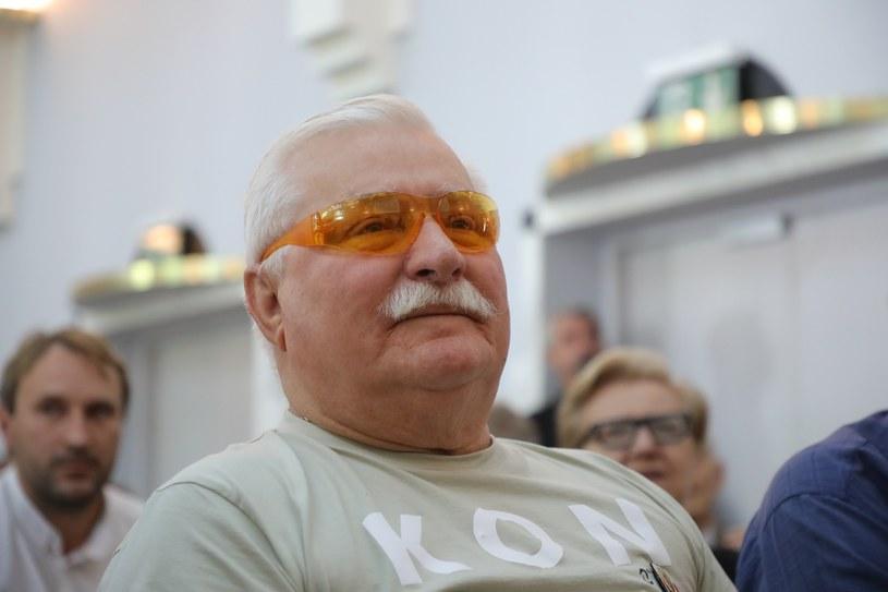 Lech Wałęsa: W Polsce łamie się konstytucję /Piotr Molecki /East News