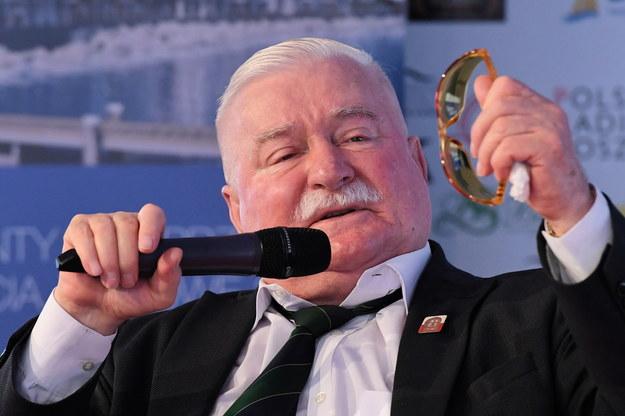 Lech Wałęsa / Adam Warżawa    /PAP