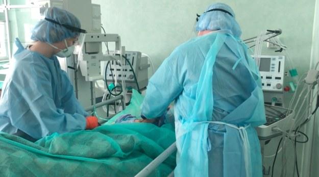 Leczenie chorych na Covid-19 w szczecińskim szpitalu /Autor: Mateusz Iżakowski/Szpital Wojewódzki w Szczecinie /