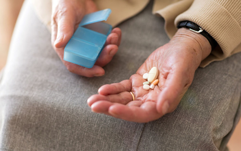 Leczenie farmakologiczne /©123RF/PICSEL