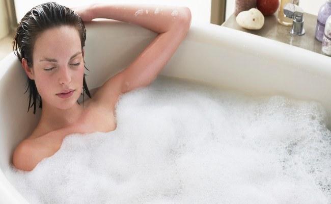 Lecznicza kąpiel /© Photogenica