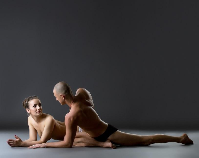 Lecznicze pozycje seksualne dla mężczyzn /123RF/PICSEL