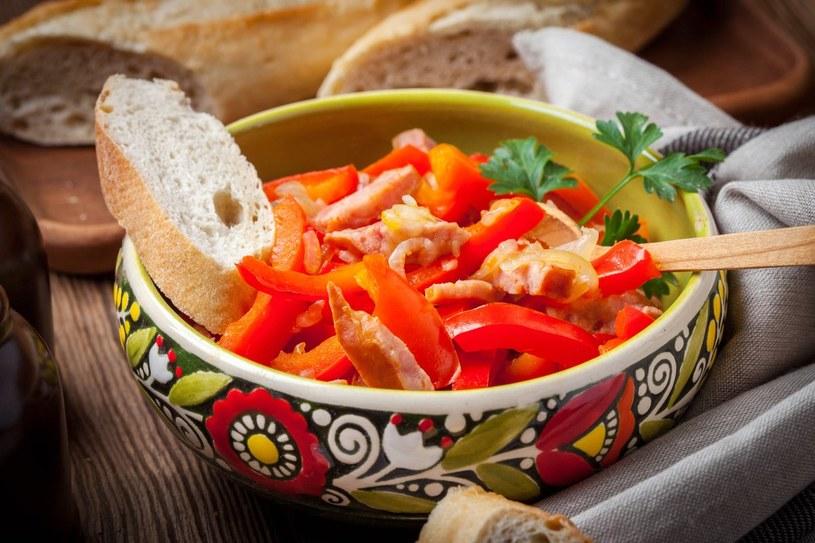 Leczo - kuchnia węgierska Leczo węgierskie /materiały prasowe /materiały prasowe