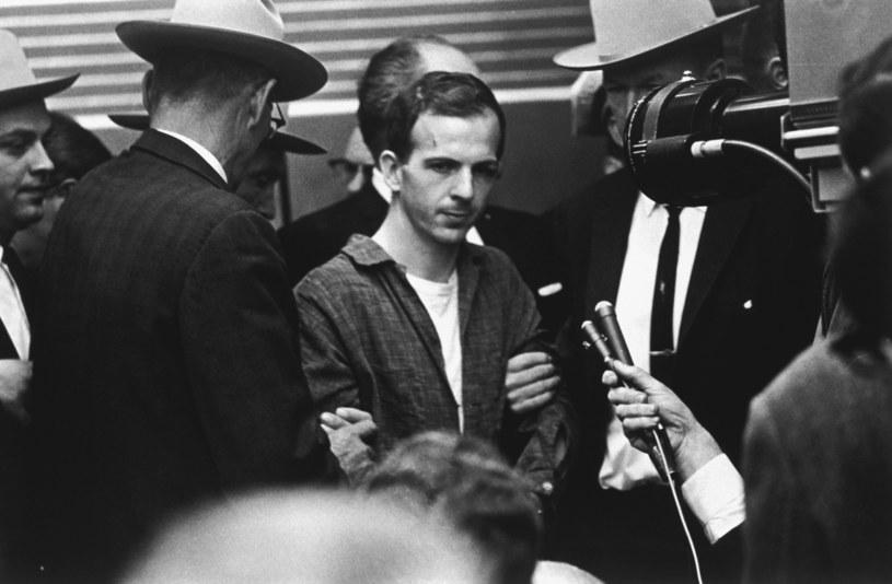 Lee Harvey Oswald - domniemany zamachowiec. Czy działał sam? /INTERIA.PL/materiały prasowe