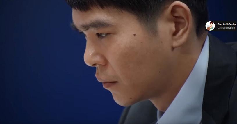 Lee Se-dol - fragment filmu zamieszczonego w serwisie YouTube.com/na kanale Fun Call Centre /materiały źródłowe