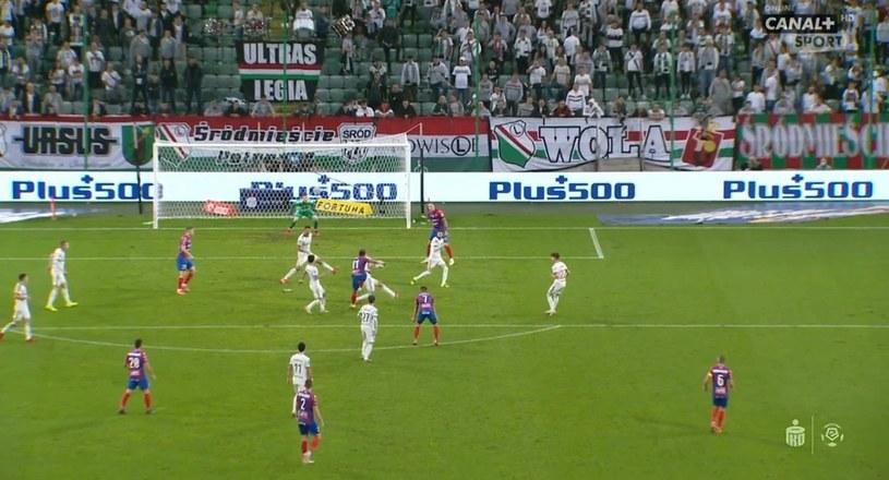 """Legia - Raków. Czy gospodarze powinni kończyć mecz w """"dziesiątkę""""? /materiały prasowe"""