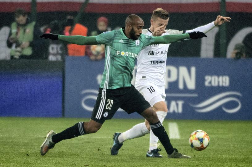 Legia w poprzedniej rundzie nie bez problemów wyeliminowała Widzew Łódź /Grzegorz Michałowski /PAP