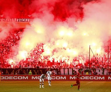 Legia Warszawa. Klub potwierdził atak pseudokibiców na piłkarzy