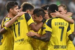 Legia Warszawa kontra Borussia Dortmund. Piłkarskie starcie w obiektywie