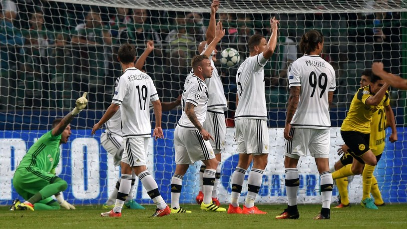 Legia Warszawa w meczu z Borussią Dortmund /AFP