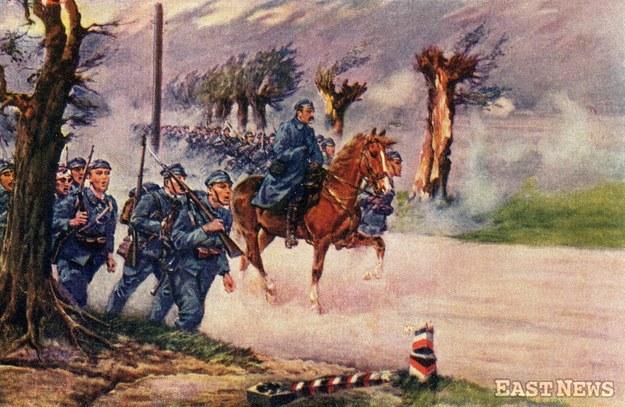 Legiony Józefa Piłsudskiego przekraczają granice zaboru rosyjskiego - pocztówka ze zbiorów Muzeum Niepodległości /East News
