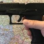 Legnica: Policjanci postrzelili mężczyznę, który groził im nożem