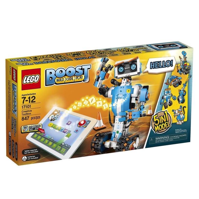 LEGO BOOST jest już dostępne w sklepach /materiały prasowe