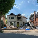 Leicester: Budowlańcy nie dostali zapłaty. Zburzyli pół domu