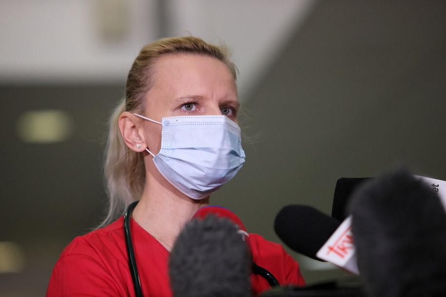 Lekarz chorób zakaźnych Agnieszka Szarowska / Leszek Szymański    /PAP