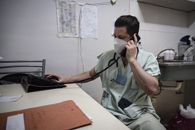 Lekarz udzielający teleporady, zdjęcie ilustracyjne /ARIEL TIMY TORRES / AFP /AFP